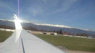 preview picture of video 'take off from Geneva - 737-800'