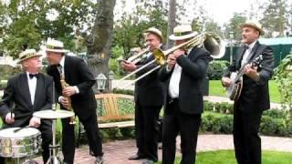 Джазовый духовой оркестр DIXI Joker, Киев