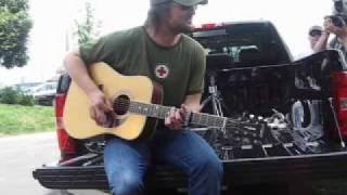 "Eric Church ""Guys Like Me"" On his Tailgate! - video by Trevor George"