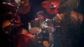 Ronnie James Dio Live Egypt ( Vinnie Appice drum solo)