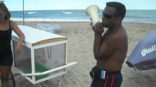 preview picture of video 'El pochoclero de villa gesell cantando'