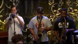 Underneath The Pressure - Slightly Stoopid (Live at Roberto's TRI Studios)