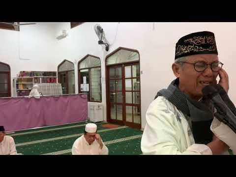 Pak Subroto (69 th), pensiunan Setneg-KLH, muazin subuh masjid Al-Muharram, Cidodol Baru, Keb Lama