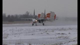 В Черняховске летчики морской авиации тестируют СУ-З0 СМ