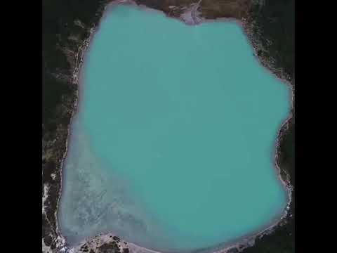 La belleza de Laguna Esmeralda desde el aire
