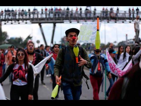 Paro nacional en Bogota: con musica y alegria se marcho por la septima