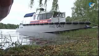 На берегу Волхова состоялся смотр маломерных спасательных судов