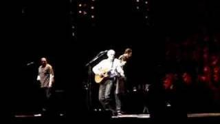 James Taylor at John Paul Jones Arena sings October Road