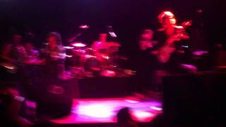 The Brand New Heavies - Back To Love- Live in Madrid HD