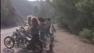 Twisted Sister - The Leader Of The Pack