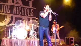 """Joe Nichols-Live-""""Tequila Makes Her Clothes Fall Off/Sunny and 75"""""""