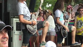 The Word Alive - Hounds of Anubis (live Warped 2011)