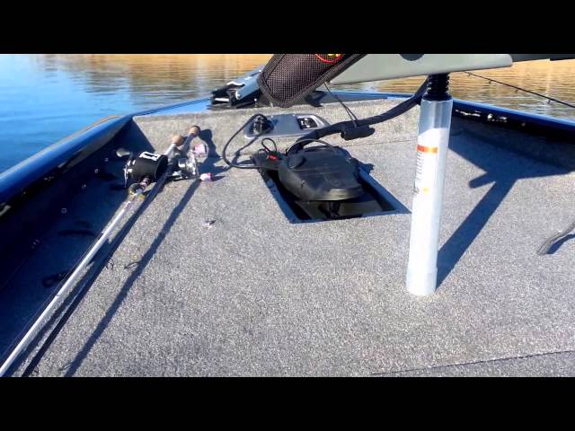 2014 Bass Tracker Pro Team 175 TXW Bass Boat Review
