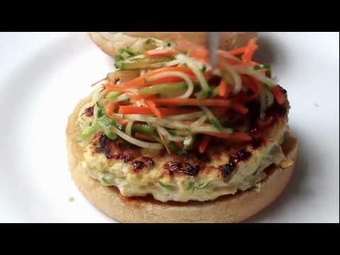 Chicken Satay Burger – Thai-style Chicken Burger Recipe