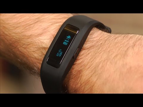 The iFit Active tries to be your everything tracker