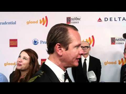 Carson Kressley Tells Us About His Peacocks And Dancing With the Stars
