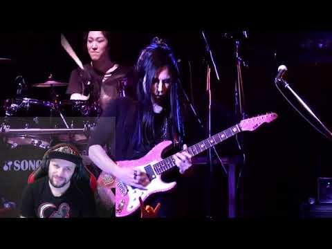 大村孝佳 (Takayoshi Ohmura) - Band Solo Reaction a Kamiband rock out!