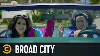 Go Shake That Butt - Broad City