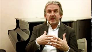 Barry Douglas talks about his Chandos recordings of BRAHMS