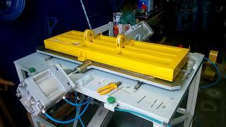 Máquina Especial para cravar varetas em antena digital