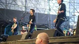"Anti-Flag ""One Trillion Dollars"" live at Warped 2009"