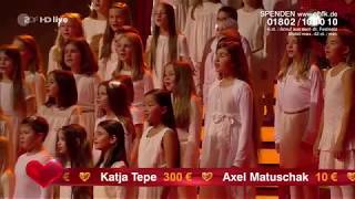 Benny Anderson (ABBA) feat. Blue Voice Children's Choir - Happy New Year