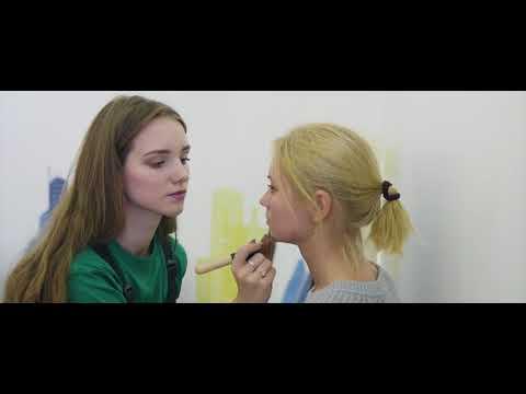 Героем рекламы «МегаФона» стала Милана Семёнова