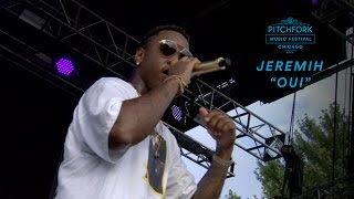 "Jeremih performs ""Oui"" 