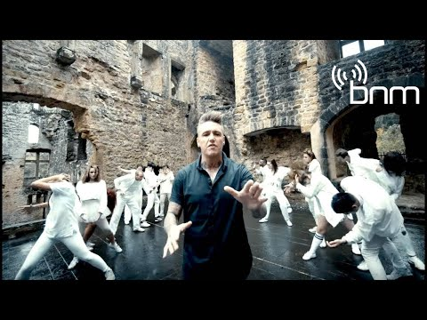 Papa Roach - None Of The Above (Official Video)