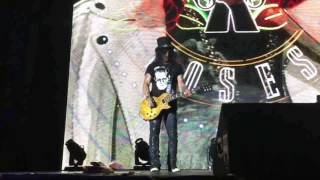 Axl Scares Slash At Adelaide