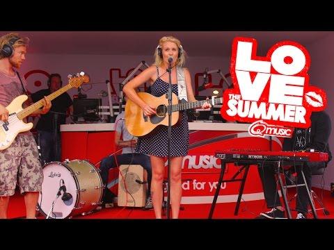 Miss Montreal - 'TuTuTu' // live bij Q-music