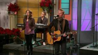 Chris Tomlin - Emmanuel-Hallowed Manger Ground (On 700 Club)