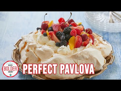 5 Simple Steps to Perfect Pavlova: The Crunchy, Marshmallowy Meringue Dessert