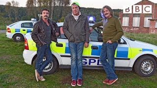 Jeremy Clarkson takes part in a Police chase - Top Gear: Series 21 Episode 1 - BBC Two