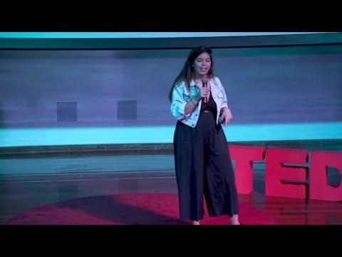 O poder do nós! | Paloma Flores | TEDxUFABC