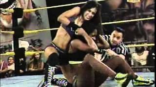FCW - AJ Lee vs Naomi Night for FCW Diva's Championship (January 23, 2011)