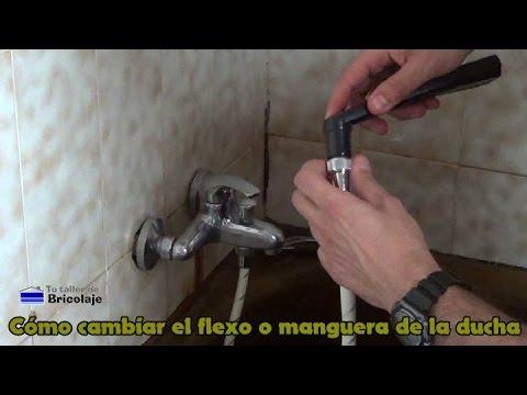 Cómo cambiar el flexo o manguera de la ducha