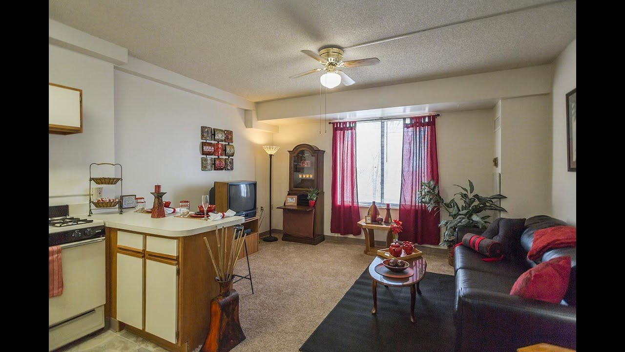 One Bedroom. Nowlin Hall Apartments For Rent in Kansas City  Missouri
