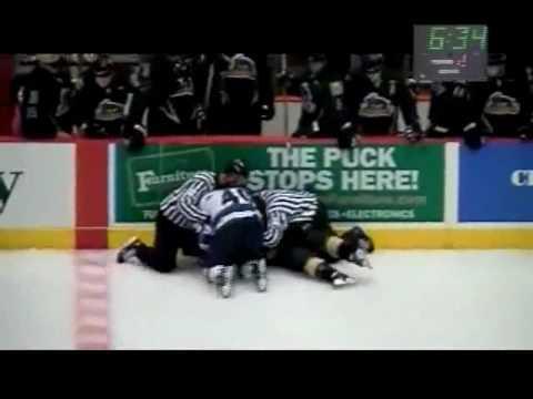Connor MacDonald vs. David Simoes