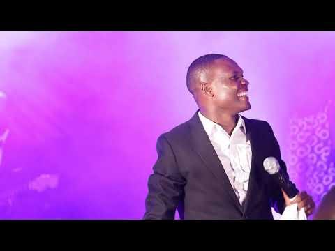Mungu Mwenye Ishara