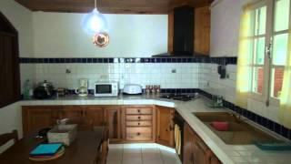 preview picture of video 'La Résidence Lakazanoo, our holiday home on Ile de la Réunion, Oct. 2012'