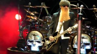 ZZ Top - Got Me Under Pressure + Waiting for the Bus +  Jesus Just Left Chicago - Shoreline 9-3-2010