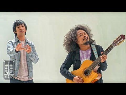 D'MASIV Feat Pusakata - Ingin Lekas Memelukmu Lagi (Official Video)