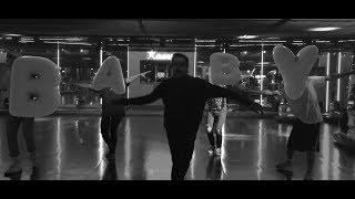 Musik-Video-Miniaturansicht zu Bitte brich mein Herz nicht Baby Songtext von Left Boy