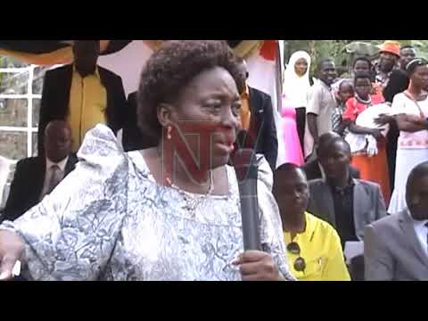 Kadaga asomoozezza abakyala okwettanira obujjanjabi