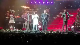 Donny & Marie Osmond  - Santa Claus is Coming to Town - Turning Stone - Verona, NY - 112918 - THU