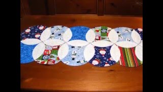 Christmas Circles Table Runner