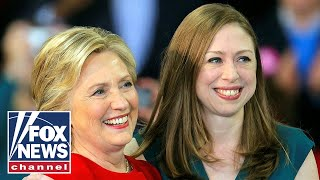 Chelsea Clinton says Trump 'degrades' America - Video Youtube