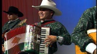Michael Salgado - 'Esta noche' y 'Cruz de Madera'