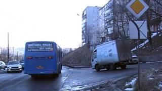 Массовая авария из-за резкого торможения авто произошла в районе Луговой